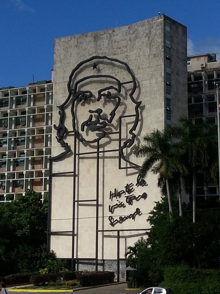 Che on bldg